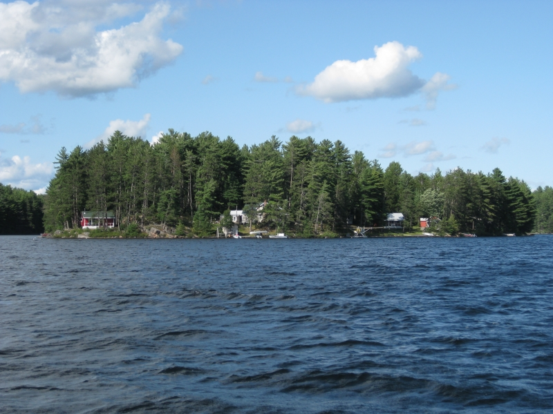 Photo gallery tornado 39 s canadian resorts for Ontario drive in fishing lodges